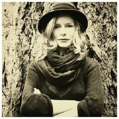 The Left Bank Village - Anne-Marie Sanderson Live