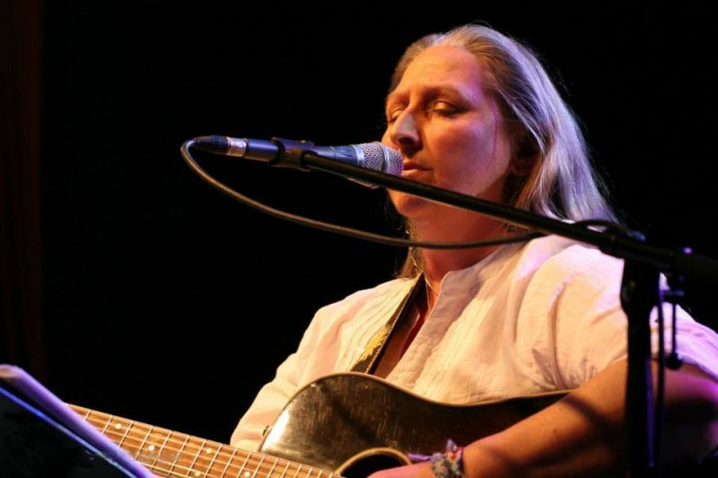Bandstand Buskers presents Sonya Smith - The Left Bank Village